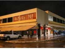 Maioria dos bares cumpre decreto nas primeiras horas de lockdown no DF