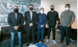Vereadores de Novo Gama Solicitam parceria de Deputado do DF para a causa animal no município