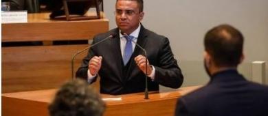 Pros-DF marca reunião para discutir se expulsa Fernando Fernandes do partido