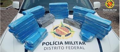 Polícia Militar prende mulher que viajava para o Ceará com mala cheia de drogas