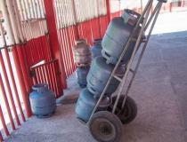Gás de cozinha chega a R$ 125 no DF. Veja onde comprar mais barato