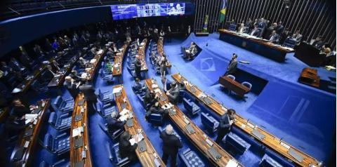 Senado mantém R$ 29 milhões em gastos anuais sem comprovação