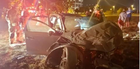 Vídeo: após racha, motorista de carro de luxo fica em estado grave no DF