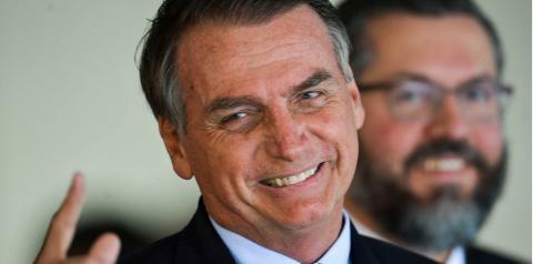 Bolsonaro lidera movimento mundial para derrubar Maduro