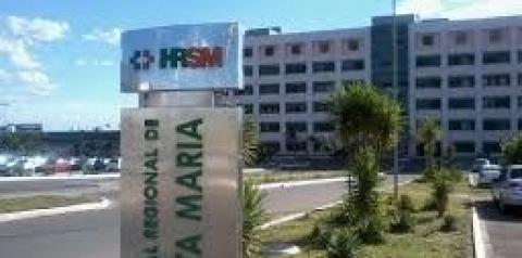 Demora no atendimento resulta em confusão no Hospital Santa Maria