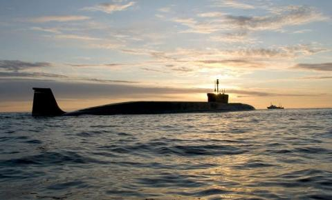 Rússia lança ao mar submarino do apocalipse