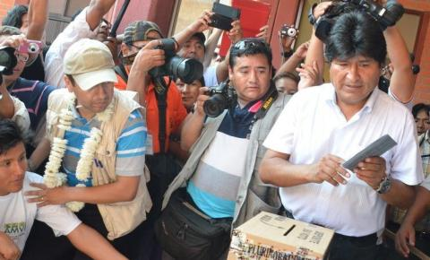 OEA vê fraude e cobra segundo turno na Bolívia