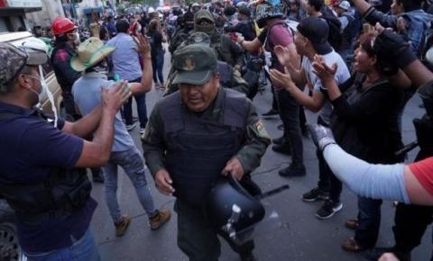 Crise avança na Bolívia com motim de policiais