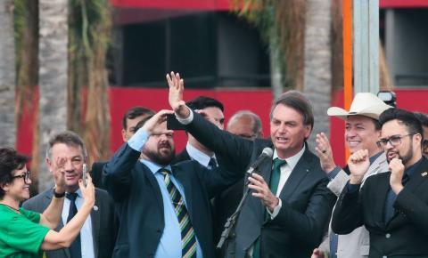 Ladrão agora é na porrada em nova lei de Bolsonaro