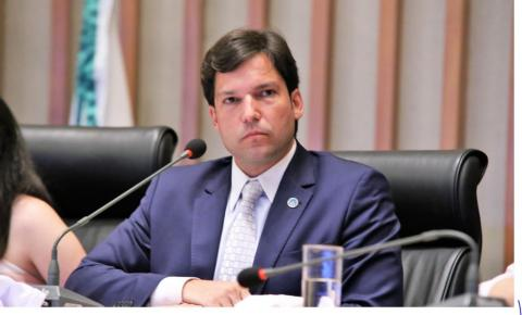 Robério Negreiros defende a redução da jornada de trabalho para deficientes na CLDF