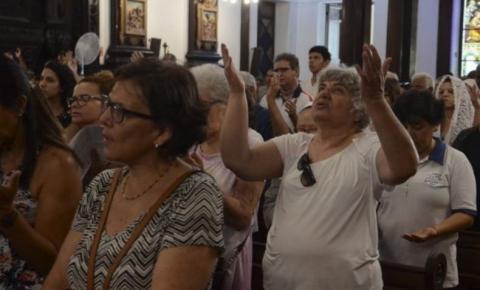 Deputado obtém liminar para ministrar cultos evangélicos em Goiás