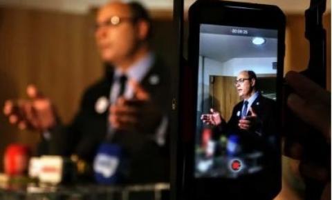 Rio: governador afastado Wilson Witzel passa mal e vai para o hospital