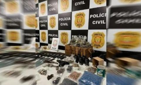 Sargento da PMGO é preso pela PCDF com arsenal dentro de casa