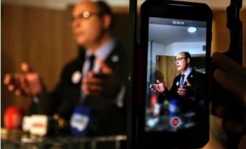 """Witzel nega """"rachadinha da saúde"""" e diz que voltará a governar o Rio"""