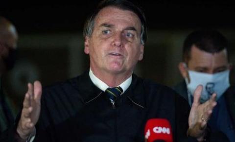 Bolsonaro tenta se desvincular de vice-líder flagrado com dinheiro na cueca