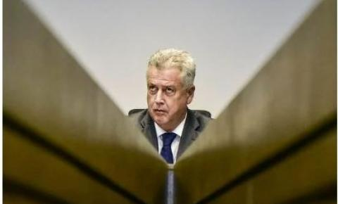 Relator no TSE vota para TRE-DF retomar processos contra Rollemberg
