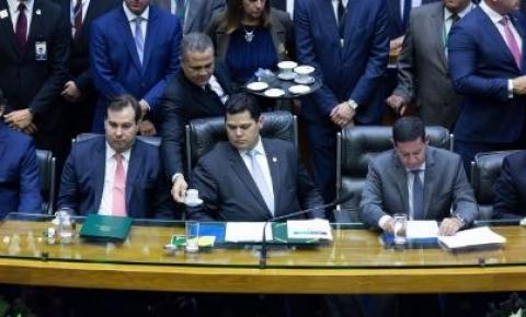 Em carta, partidos fazem ofensiva contra reeleição de Maia e Alcolumbre