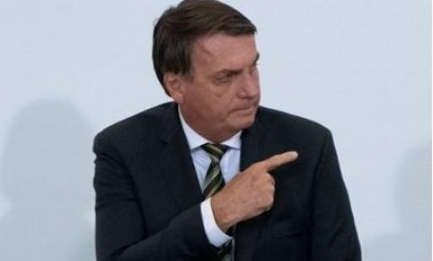 Bolsonaro zera imposto do diesel e ameaça presidente da Petrobras