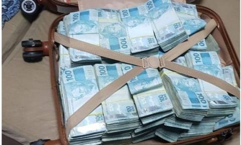 PF apura fraudes no auxílio emergencial e encontra mala com R$ 800 mil