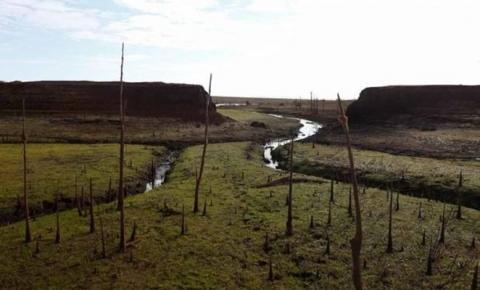 Solo seco e poeira no lugar de água: em Goiás, o retrato da crise hídrica nacional
