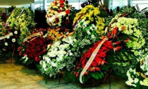 "STJ vai comprar coroas de flores fúnebres ""antecipadas"" para autoridades"