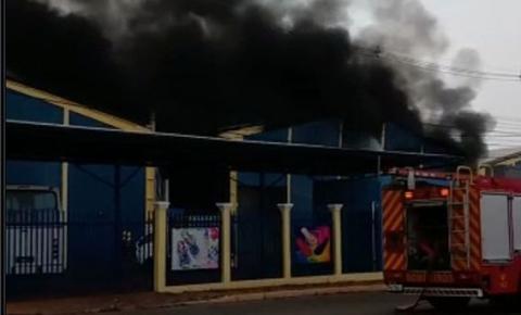Novo Incêndio destrói a fábrica Kok Pitt.