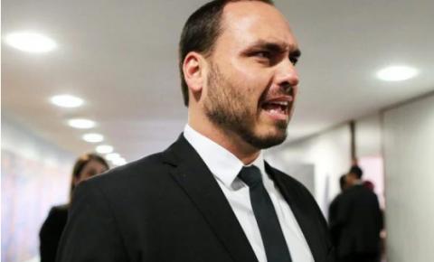 Carlos Bolsonaro diz que apresentará denúncia contra Omar Aziz