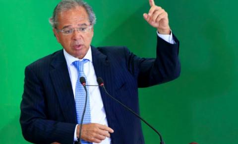 Guedes pode ter lucrado R$ 2 mi em offshore com disparada do dólar