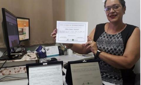Servidora da Administração de Santa Maria ganha prêmio por boas práticas pelo segundo ano consecutivo