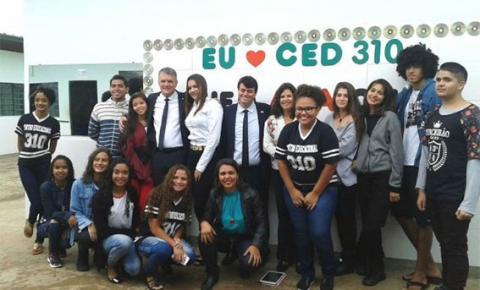 Jornal Nacional grava matéria com alunos do CEd 310 de Santa Maria