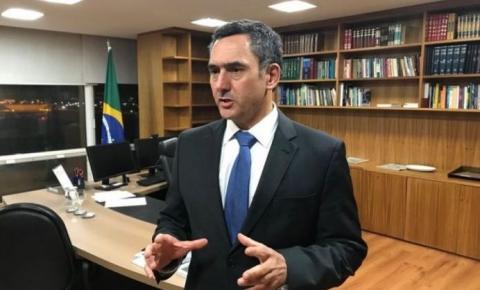 MINISTRO DE TEMER ATACA GESTO DE BOLSONARO DE 'CAÇAR AS BRUXAS'