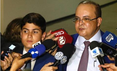 "Ibaneis define ""meta restrita"" de comissionados por secretaria do DF"