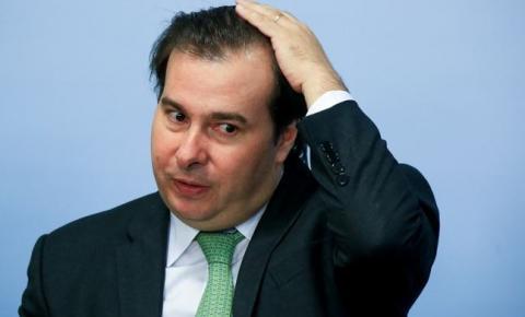 Maia antecipa a deputados R$ 17 milhões de auxílio-mudança