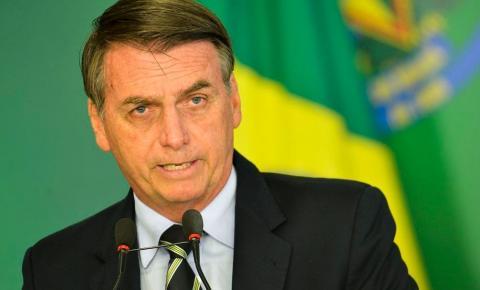 Davos baixa cabeça e dá a Bolsonaro lugar mais alto do pódio