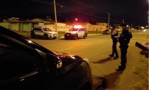 PM aposentado reage a assalto e mata criminoso no DF