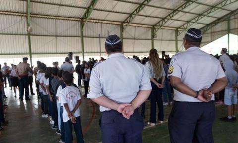 CLDF rejeita projeto que suspendia militarização das escolas do DF