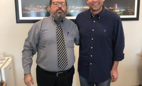 Robério Negreiros recebe a visita do presidente da MOAB