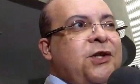 Governador de Brasília defende presos em cargos comissionados; Lei da Ficha Limpa proíbe nomeação