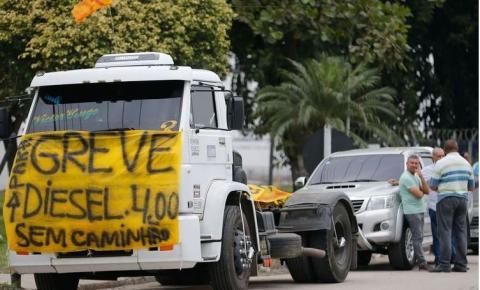 Greve: caminhoneiros dão ultimato ao governo por reajuste de frete