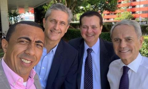 Paulo Octavio se alia a Kassab e Rogério Rosso para fortalecer PSD