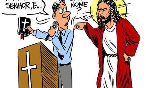 Pastor ou Padre NÃO pode pedir voto na igreja.
