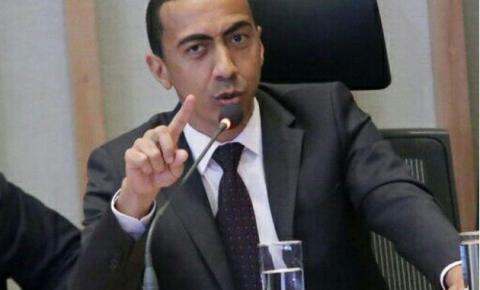 """CLDF """"devolve"""" Renato Santana à Defensoria Pública"""