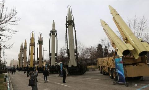 Irã rejeita sanções e decide peitar americanos