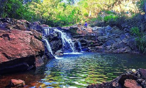 Urubu: uma cachoeira interditada pelo crime