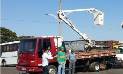Moradora agradece a prefeitura de Novo Gama por troca de Lâmpadas.
