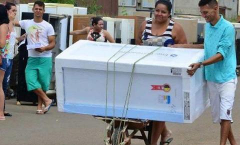 A Enel vai sortear 80 geladeiras novas para moradores de Novo Gama.
