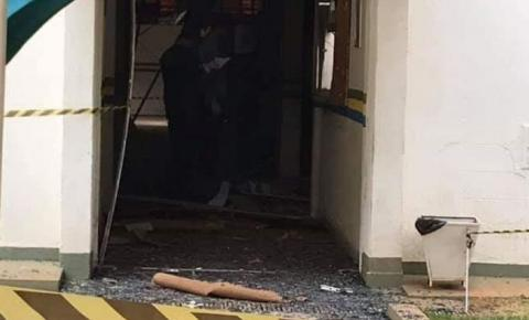 Bandidos explodem caixa eletrônico da prefeitura de Novo Gama