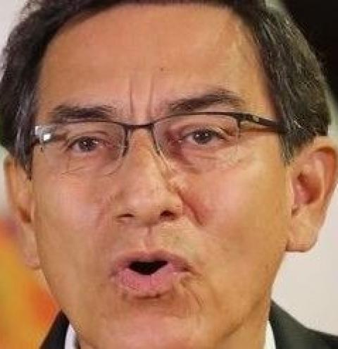 Presidente do Peru dissolve o Congresso