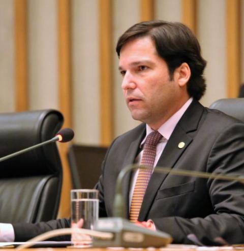 CLDF aprova cinco Projetos de Lei do deputado Robério Negreiros