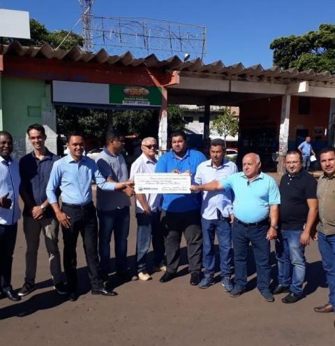 Vereadores doam ao executivo 132 mil reais, economizados no período de 2018.